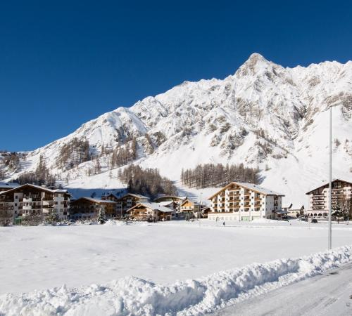 Hotel opening on 4.12.20 - Skiseason Opening new on 11.12.20